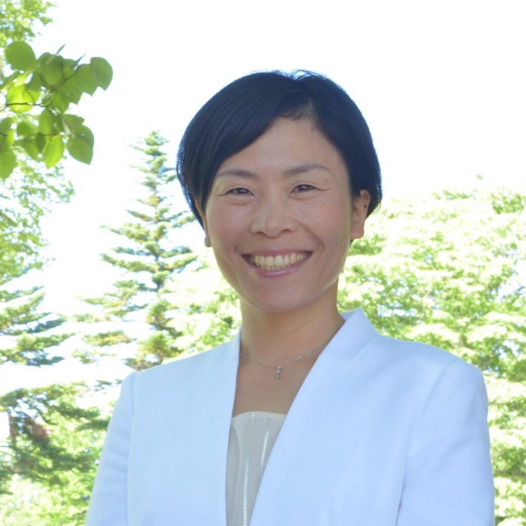 輝く笑顔の専門家 佐藤志穂